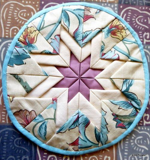 Somerset Star pot holders or hot mats - QUILTING