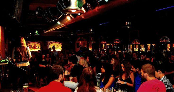 8 μπαρ στην Αθήνα για να ακούσεις live μουσική με το ποτό σου - Ροκ, τζαζ μέχρι ρέγκε