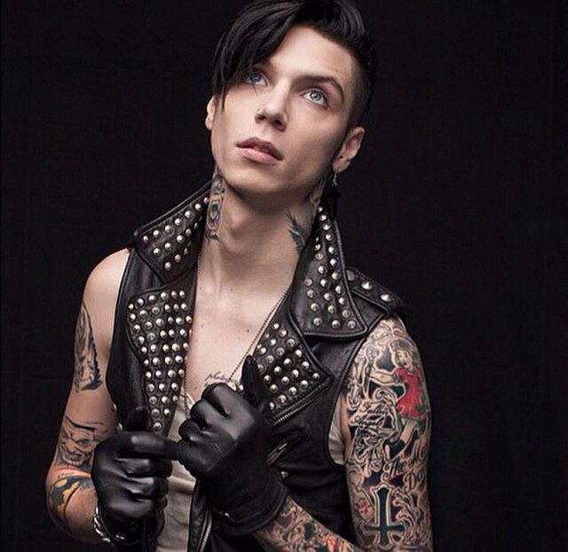 Andy Biersack in 2020 (With images) | Artyści