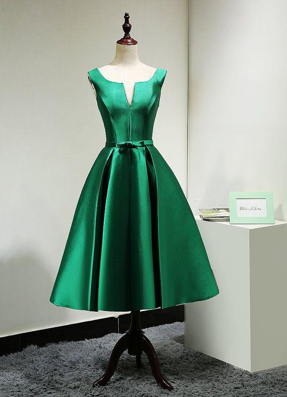 Madrina verde esmeralda modesto vestido corto té por MelissaLife89