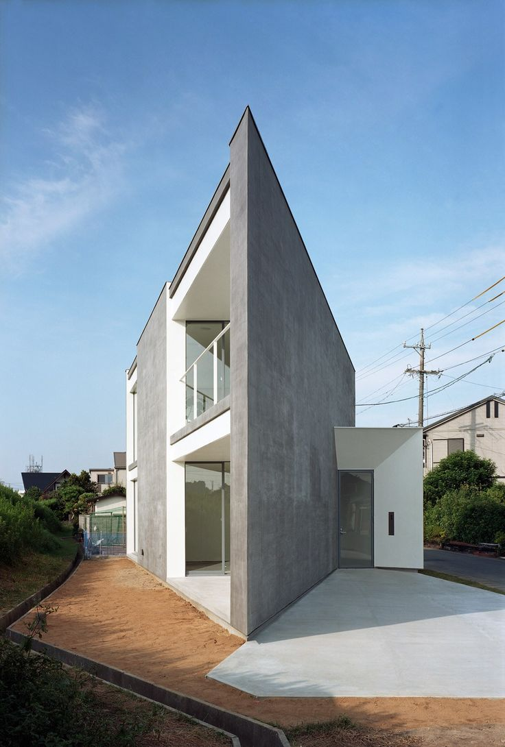 Photo © Kai Nakamura   Here is the latest from Atsushi and Mayumi Kawamoto (mA-style). It's good to know that the recession hasn't stopped them from designing more new houses. ~ Click on each image for larger view. ~ Photo …