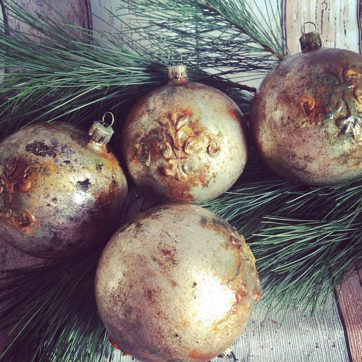 Rustic Christmas Ornament for Vintage lover  - a lot of rust and patina effect.