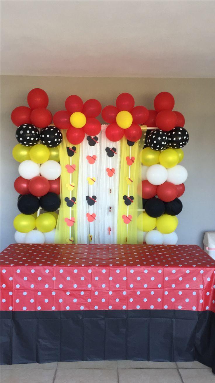 Decoración Minnie Mouse roja