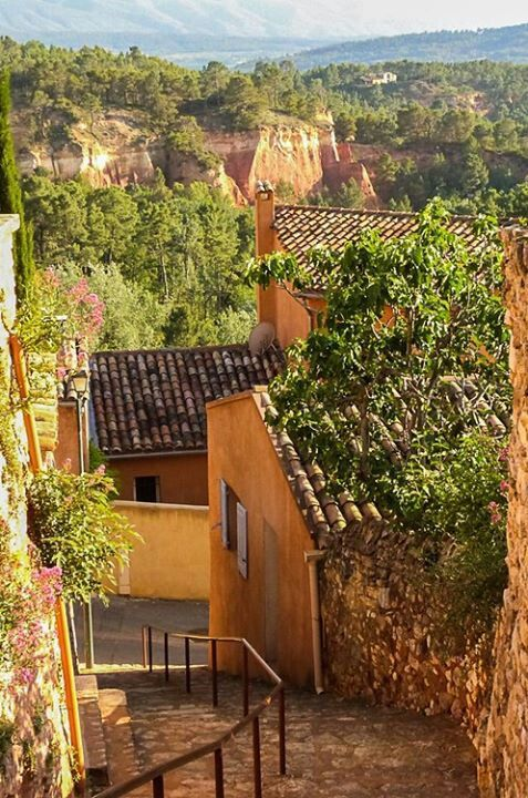 Rousillon village, Provence, France