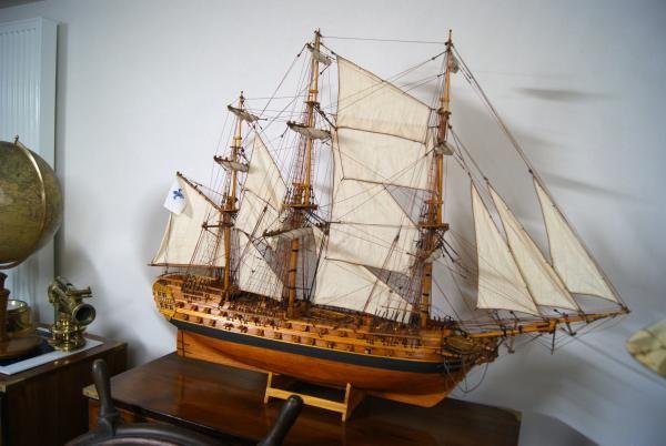 17 meilleures id es propos de bateaux de pirates sur. Black Bedroom Furniture Sets. Home Design Ideas