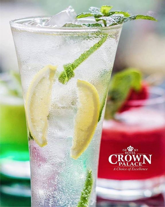 Start your day with fresh achieve something bigger! Keep challenging yourself to think better and be better than yesterday. . . #cool #summer #drink #indore #goodtime #friend #crownpalace #cafe #bakewell #fresh #freshlime #soda #water #refresher - http://ift.tt/1HQJd81