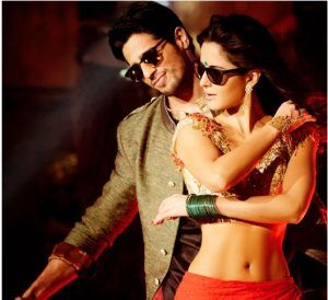 You really need a 'kala chashma' to manage the hotness quotient in the song as Katrina and her abs will just melt you. After the IPL 2016 opening ceremony, where the world got introduced to Katrina's abs, this song continues with the love-affair. And if you're not a Katrina or an abs' fan, well you too have reasons to watch it! You've got to see hot Sid hottie in a sherwani doing Punjabi moves with her.