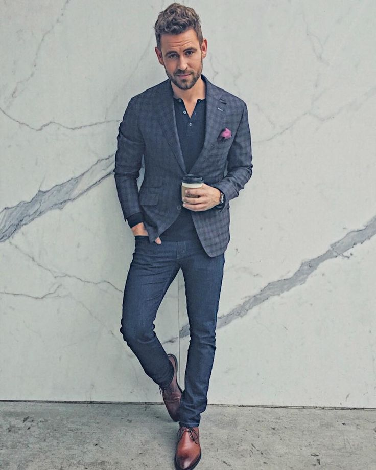The Bachelor star Nick Viall was reportedly far from confident and calm when making his final decision. #TheBachelor #Bachelor