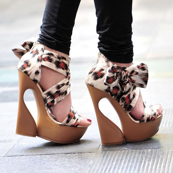 ...Wedges Heels, Wedding Shoes, Funky Shoes, Leopards, New Fashion, Animal Prints, Platform Shoes, Fashion Looks, Wedges Sandals
