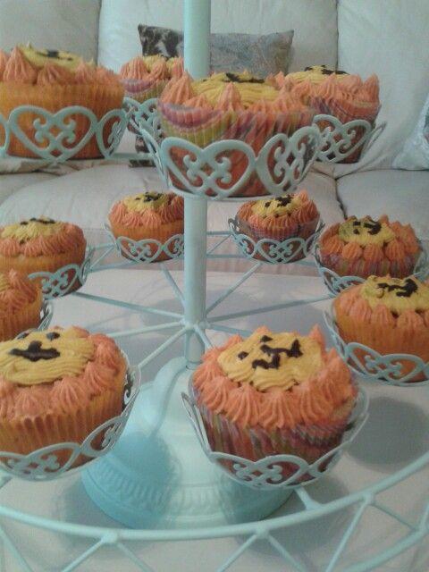 Aslanlı kekler-cupcake Safari doğum günü organizasyonu