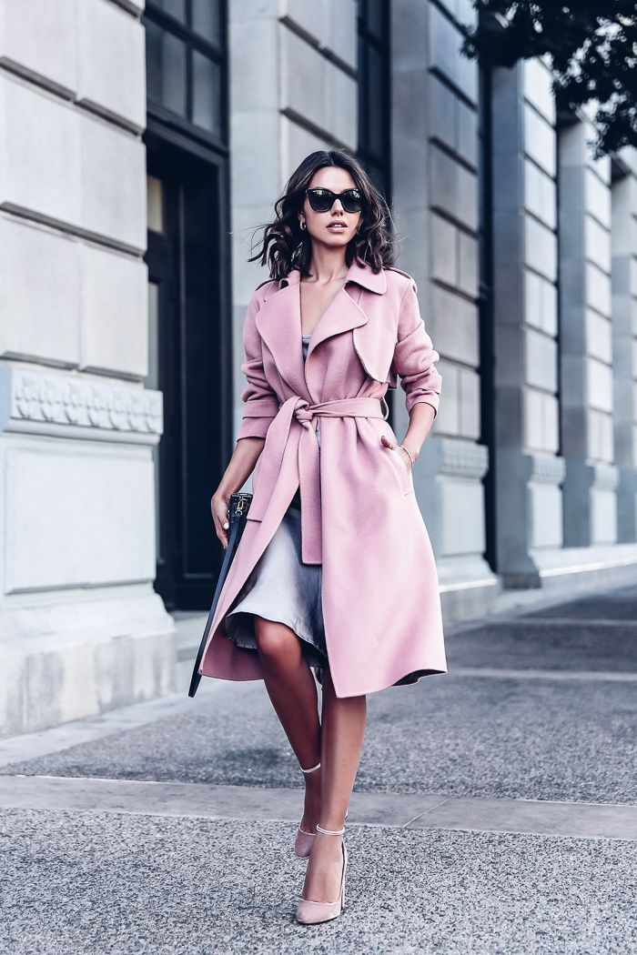 Dressy outfit idea for Fall - Pink trench coat + Gray Slip Dress + Pink Velvet Pumps