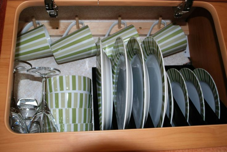 Creative To Expand Storage Space, Use Containers That Are The Same Size  Cabinets Or In Slide Out Pantries To Avoid Weight Distribution Problems Broken Glass Containers