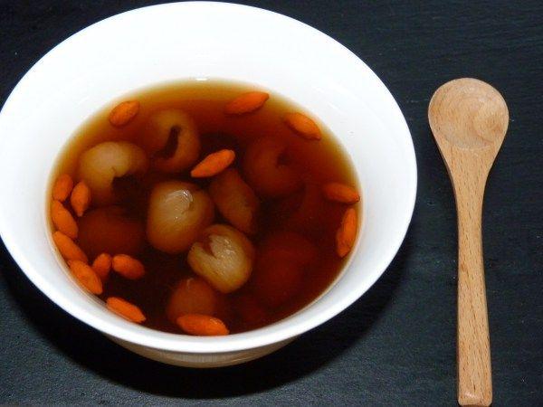 Super te med goji, jujube og longan | 紅棗桂圆杞子茶 | hong jo guai yuen gei zi cha