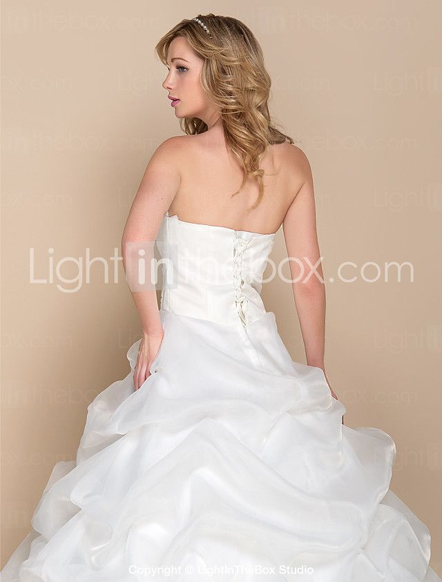 A-line Wedding Dress - Elegant & Luxurious / Glamorous & Dramatic Vintage Inspired Cathedral Train Strapless Organza withBow / Sequin / 2017 - $109.99