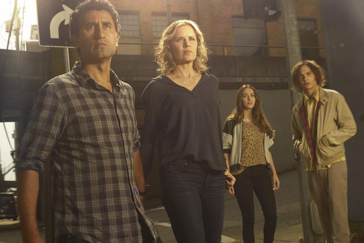 Fear the Walking Dead Premiere Draws Record-Breaking Audience