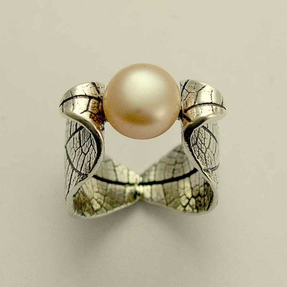 A very artful ring design by this Etsy artist.