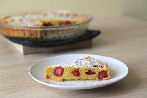 Třešňový koláč clafoutis!http://tomichutna.cz/francouzsky-tresnovy-kolac-clafoutis-bublanina