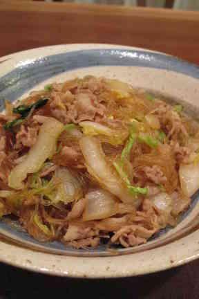 ヘルシー☆白菜と春雨たっぷり豚肉炒めの画像