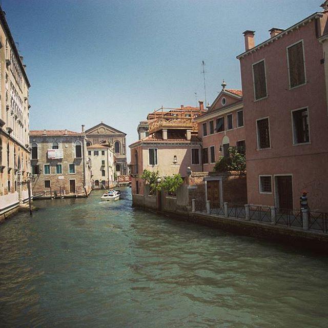 Da qualche parte a Venezia, Italia
