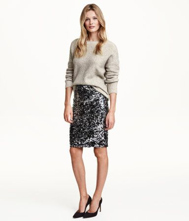 Sequined skirt in mesh with jersey lining from H&M. I think this is a great look for a winter's dinner or holiday cocktail party. You can look celebratory but stay warm! H&M has a lot of sparkly sequin skirts, the trick is to find one that look luxe. It can be done if you have a good eye and the right accessories.