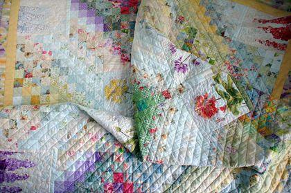 """Текстиль, ковры ручной работы. Ярмарка Мастеров - ручная работа. Купить Лоскутное покрывало """"Цветочный луг"""". Handmade. Комбинированный, цветочный"""