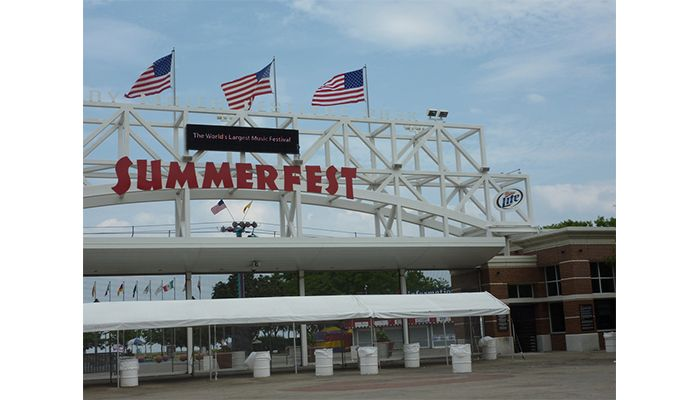 Are you going to Summerfest 2017?! 💃 Click: http://summerfest.com/2017-lineup/ to preview the lineup, grab your tickets, and get PUMPED for this years fest! 🎉 🎤 ☀
