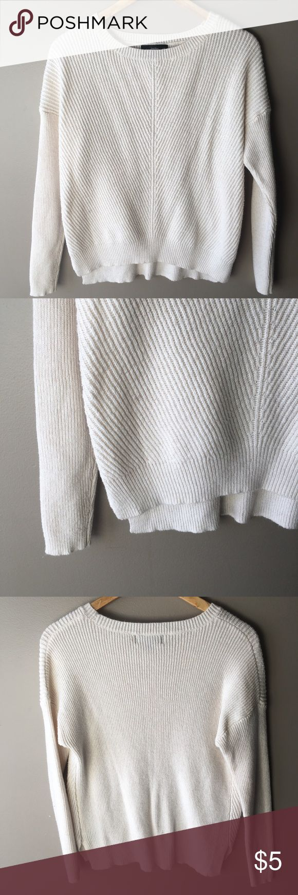 Cream Sweater Great for winter and so warm! Mossimo Supply Co. Sweaters Crew & Scoop Necks