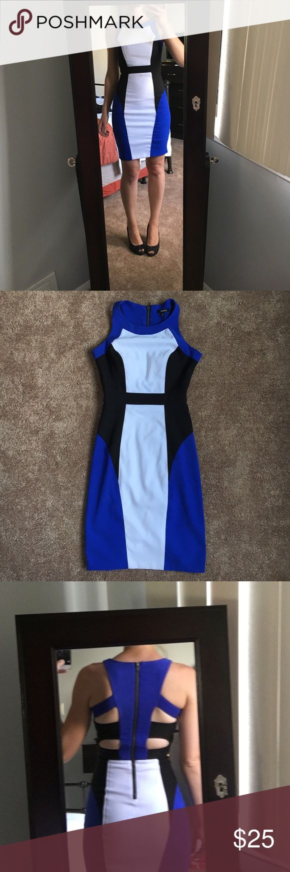 XOXO Dress XOXO women's dress. Form fitting and has built in padding so no bra is needed. Excellent condition XOXO Dresses Mini