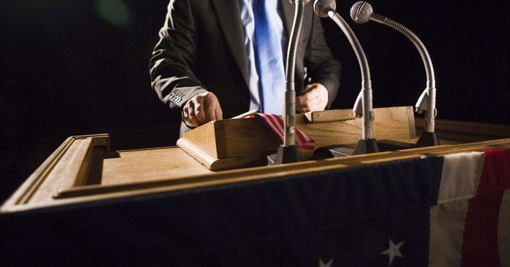 Los mejores discursos políticos de todos los tiempos. Los discursos políticos, ya sean discursos formales de un presidente, discursos de campaña o discursos de oposición, han sido comunes desde el nacimiento de los Estados Unidos. Aunque muchos discursos políticos son poco memorables y hay algunos que quisieras olvidar, sólo unos pocos se destacan como más que oratoria retórica utilizada como un ...