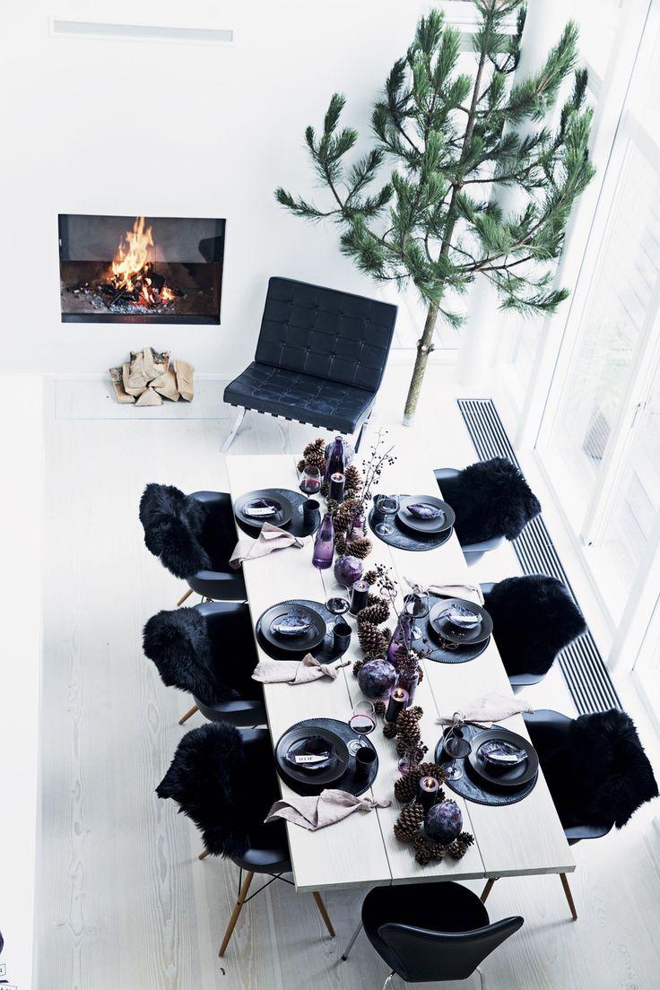 Danish designer Lotte Moliin christmas table styling.