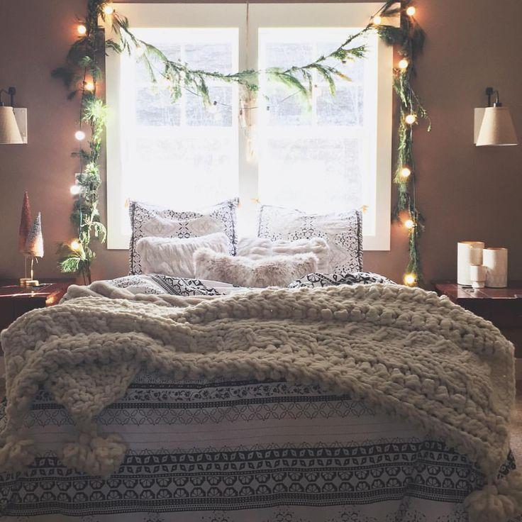 Best 25+ White Christmas Lights Ideas On Pinterest