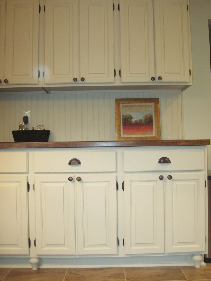Leigh updates her oak kitchen cabinets with caromal paints for I want a new kitchen