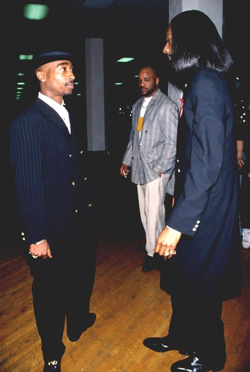 Snoop Dogg & Tupac | The true coolest rappers G ...