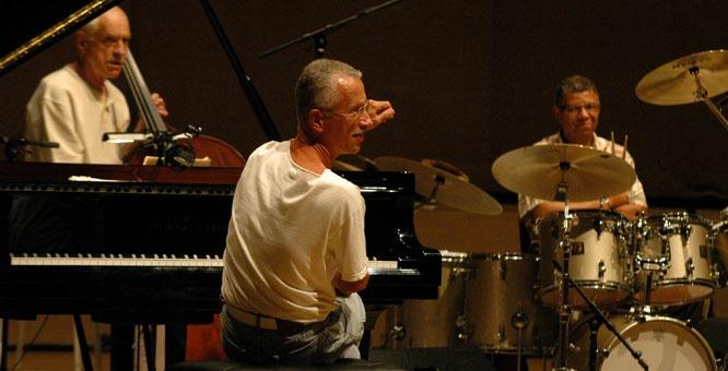 Keith Jarrett, Gary Peacock, Jack Dejohnette al Bari in Jazz 2012  www.pugliaevents.it