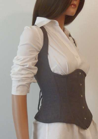 how cool...a corset for the business professional. (tutorial)