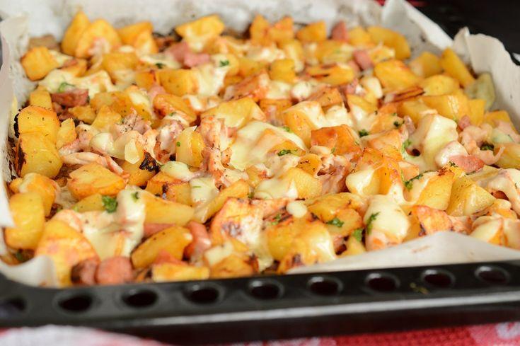 Cartofi la cuptor cu pui si cascaval | Rețete Papa Bun