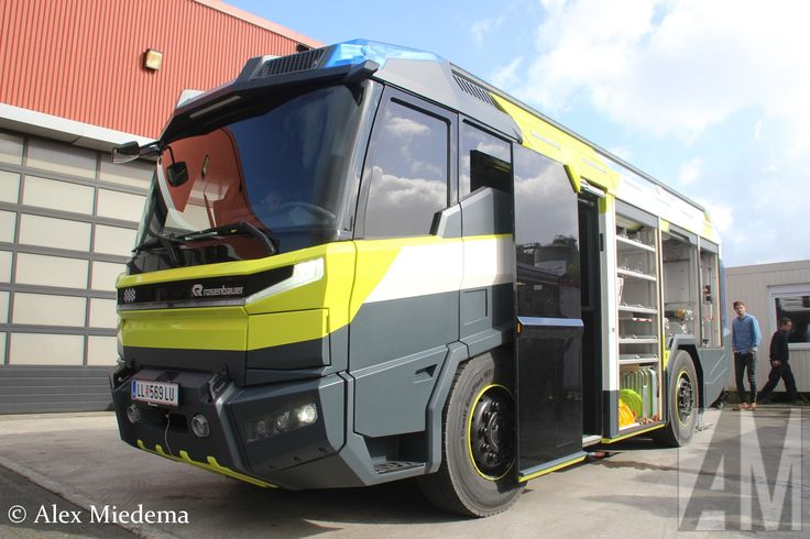 New blogpost: Rosenbauer presents concept study for the fire truck of the future