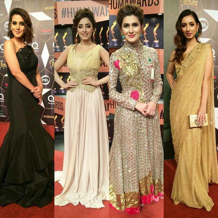 Iqra Aziz, Sanam Chaudhry, Kubra Khan and Komal Aziz Khan on the red carpet of 5th #HUMAwards17 #Happening Now!✨ #Gorgeous #Elegant #Cutest #PrettyGirls #PakistaniFashion #PakistaniActresses ✨