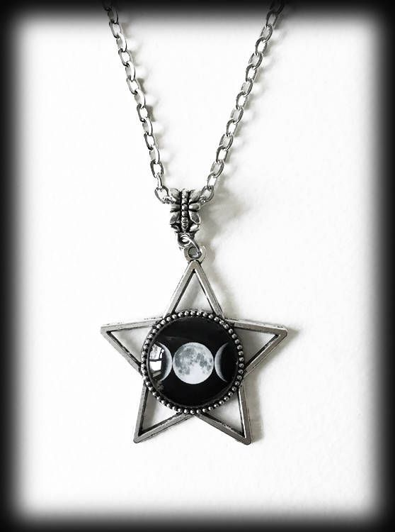 Alchemy Gothic Caw at the Moon Pendant