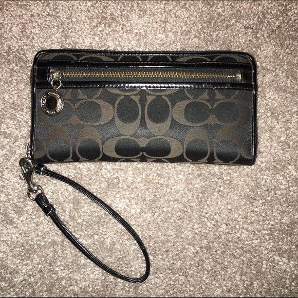 Black Coach Wallet Wristlet Black Coach Pattern Wallet Wristlet. Six card slots and change pocket. Coach Bags Wallets