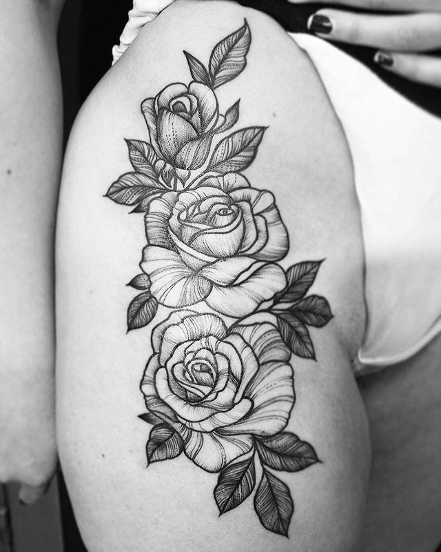 WEBSTA @ katiafrau - #sinkroniatattoo #katiafrau #besttattoo #blacktattoo #tattooartist #rosestattoo