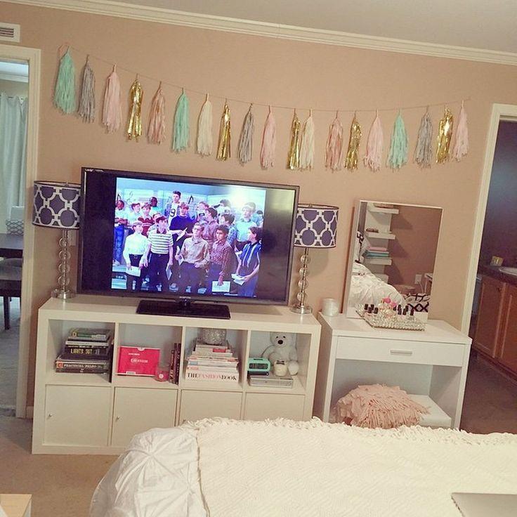 Romantic Living Room Ideas For Feminine Young Ladies Casa: 63 Cool Bedroom Decor Ideas For Girls Teenage (37)