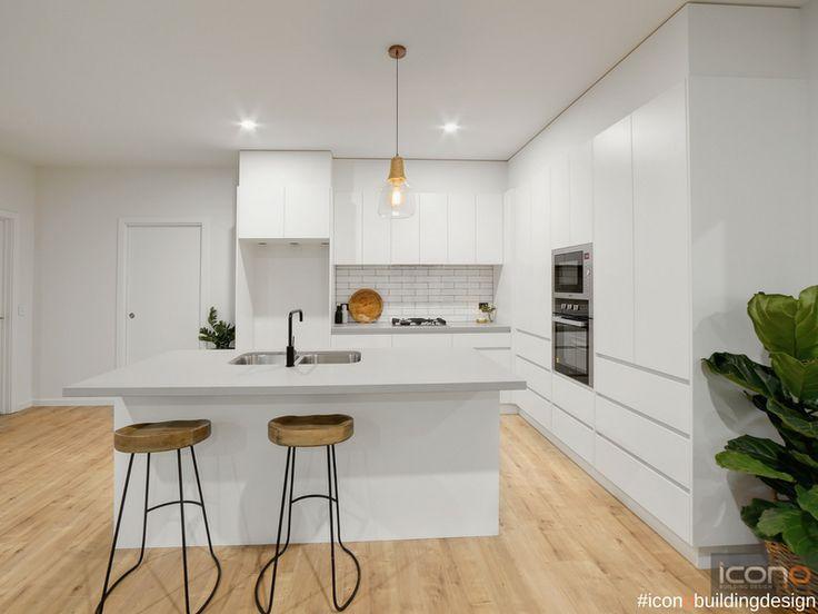 Perfect kitchen for this lovely unit! #iconobuldingdesign #kitchendesign  #openplan #homedecor #homestyle #islandbench #indoorplants