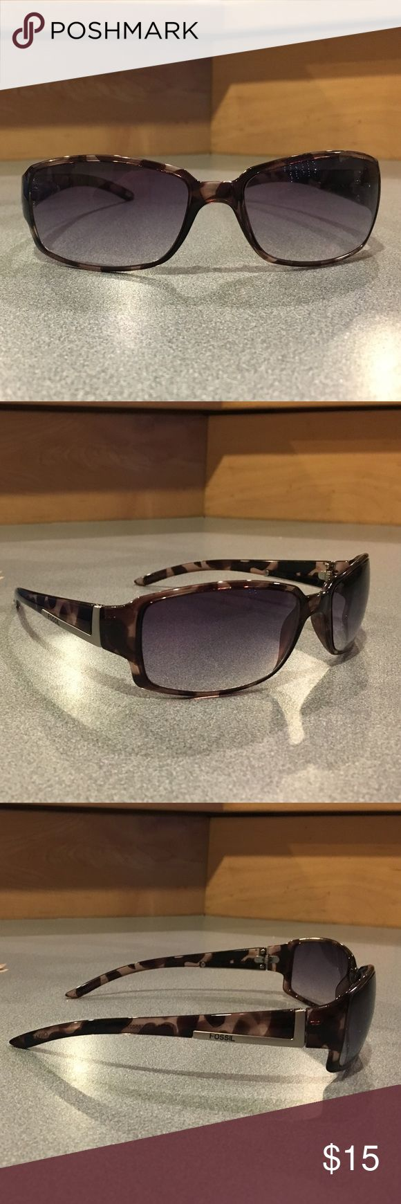 Women's Fossil Sunglasses In great condition, just never wear them. Brown tortoise color with slight matte silver accent on the sides. Fossil Accessories Sunglasses