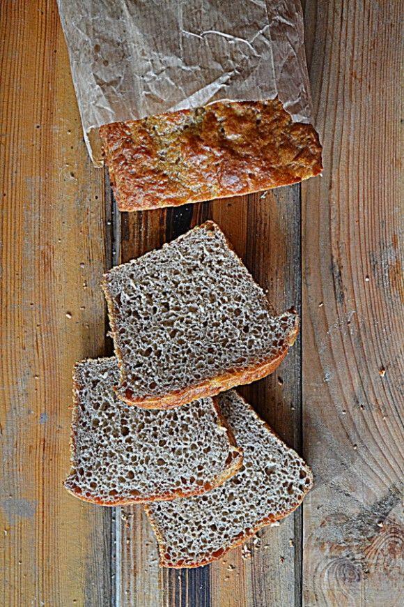 Chleb pszenno żytni z prażoną mąką #gryz #MagazynGRYZ