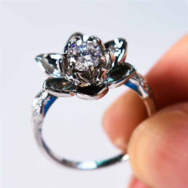 Fashion female crystal aaa zircon finger ring unique lotus
