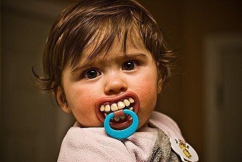 A beautiful baby has beautiful teeth! Or not...?: Babies, Pacifier, Stuff, Funny, Funnies, Things, Smile, Kid