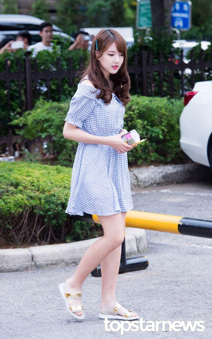 [HD포토] 여자친구(GFRIEND) 예린 뽀송뽀송 아기피부 (뮤직뱅크 출근길) #topstarnews