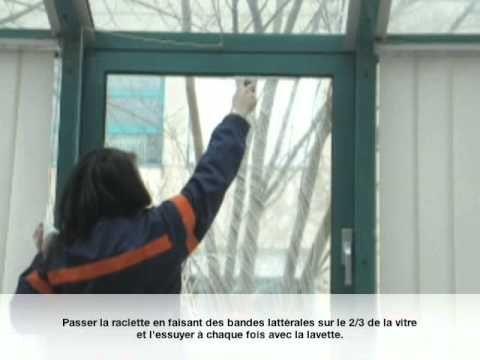 Lavage de vitres à la française