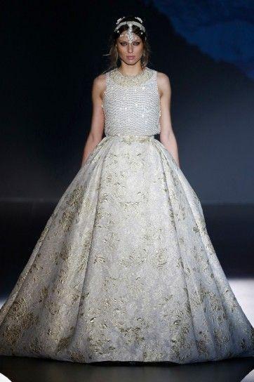 La collezione di abiti da sposa 2016 Jesus Peirò